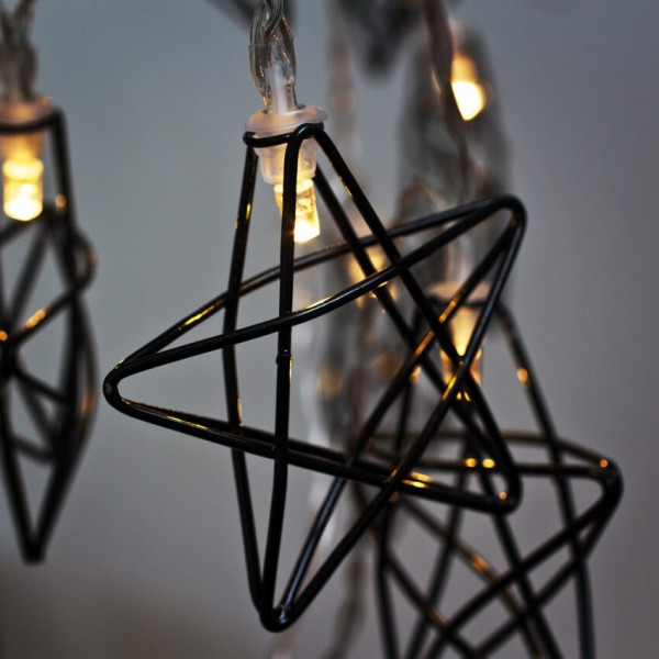 Max Pferdekaemper LED-Minilichterkette, schwarze Metallsterne